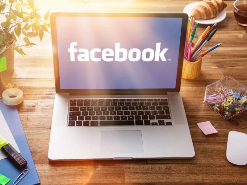 10 Ways to Pimp Your Company Facebook Page